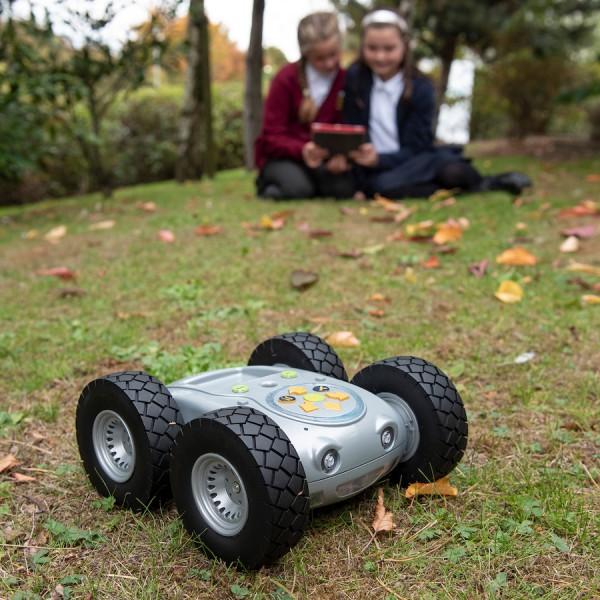 De 'Ruige Robot' is de Bee-Bot voor buiten!